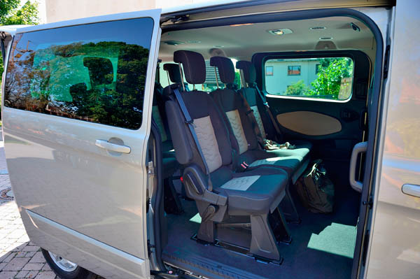 ford transit ford automobile le chroniqueur. Black Bedroom Furniture Sets. Home Design Ideas